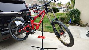 Specialized Demo 8 II Down Hill Bike for Sale in Riverside, CA