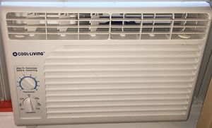Cool- living window ac unit for Sale in Los Angeles, CA