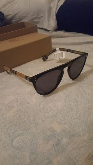 Burberry BE4281 Sunglasses for Sale in Sterling, VA