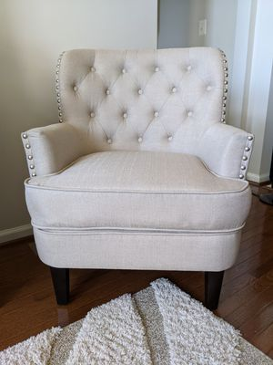 Beige Tufted Accent Chair *BRAND NEW* for Sale in Baltimore, MD