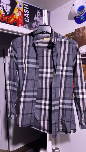 Burberry Dress shirt for Sale in Indianapolis, IN
