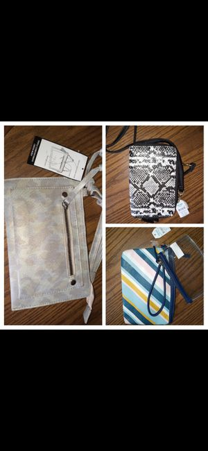 3 hand/shoulder bags for Sale in Batesburg-Leesville, SC