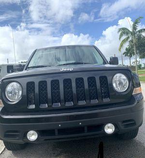 Jeep Patriot 2011, clean title for Sale in Miami, FL