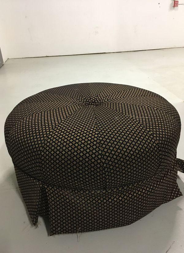 Mushroom, seat, or footrest