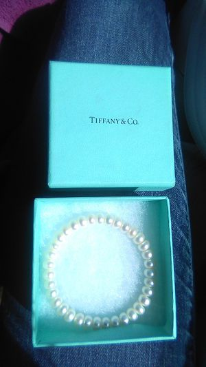 Tiffany& Co. pearl necklace n bracelet for Sale in North Las Vegas, NV