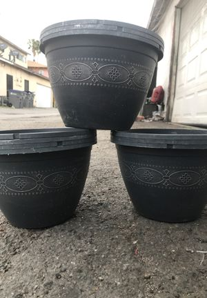 3 for 5$ flower pots for Sale in Carson, CA