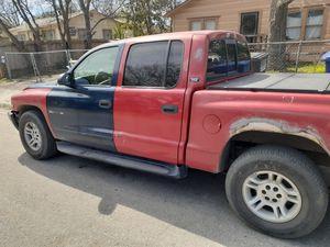 DODG DAK. 2000 pickup red for Sale in San Antonio, TX