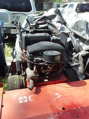 Gravely 52inch walk behind ,crakes and runs need fuel fillter that go in the gas pump . for Sale in Tampa, FL