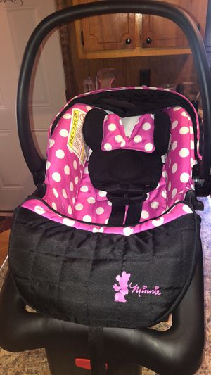 Minnie Mouse Car seat for Sale in Montgomery, AL