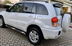 Perfectlyy2OO2 Toyota RAV4 AWDWheelsCleanTitle for Sale in Baltimore, MD