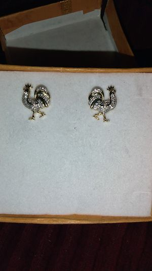 Nib gold and diamond earrings for Sale in Pumpkin Center, CA