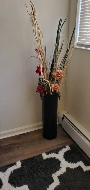 Handpicked flower decor for your room decoration for Sale in Union, NJ