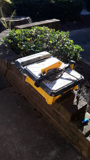 Table saw (used) but in good working condition for Sale in Charlotte, NC