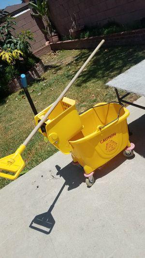 Mop Bucket for Sale in Santa Fe Springs, CA
