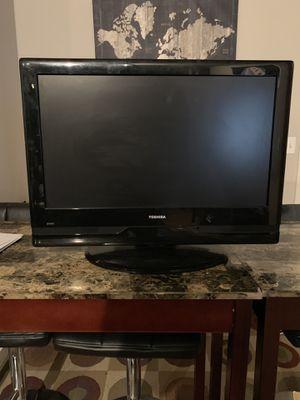 32 inch toshiba tv for Sale in Chicago, IL