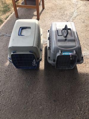 Pet carrier new for small dogs 2nd picture show size for Sale in Phoenix, AZ