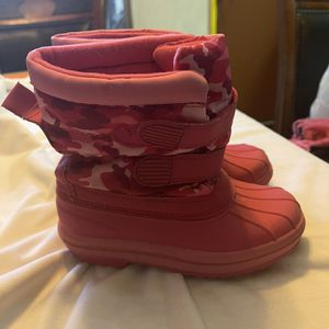 Girls Boots Size 12 for Sale in San Fernando, CA