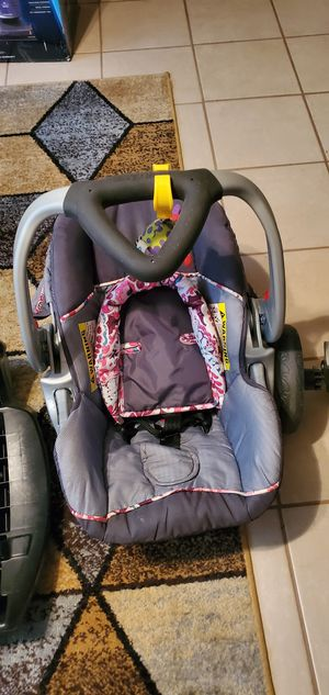 Baby Trend travel system for infants for Sale in Raytown, MO