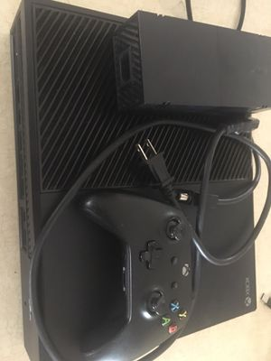 Xbox one for Sale in Fairmont, WV