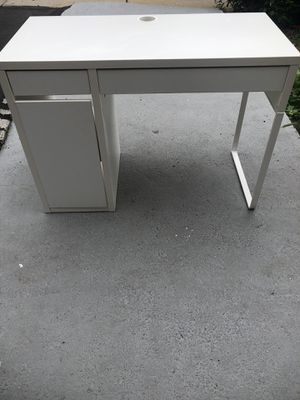 Very nice office desk for Sale in Newton, MA