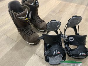 Burton Ion Leather/Suede Snowboard Boots size 13 with Flow Bindings Size 10-15 for Sale in Miami Shores, FL