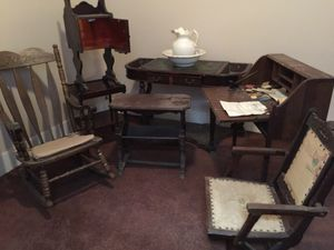 Vintage. Nine pieces total for Sale in Feasterville-Trevose, PA