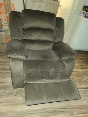 Sofa recliner & recliner for Sale in West Covina, CA