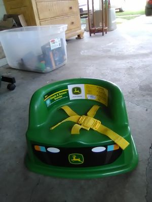 Booster seat for Sale in Jan Phyl Village, FL