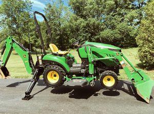 John Deere 1023E Tractor Loader Backhoe 54D Mid for Sale in Miami, FL
