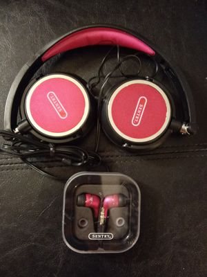 Sentry headphones and earbuds for Sale in Kissimmee, FL