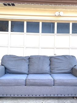 sleeper sofa - non smoker / pet free for Sale in Mansfield,  TX