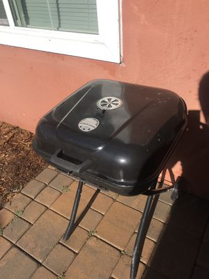 BBQ coal grill for Sale in Oceanside, CA