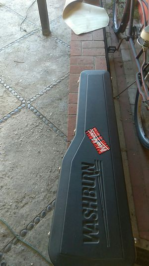 Electric and acoustic guitar gig bags and Washburn bass hard case for Sale in Long Beach, CA