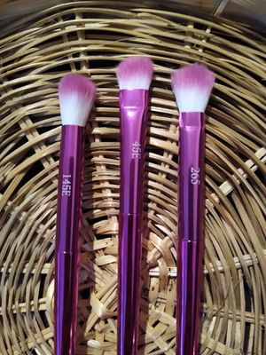 F.A.R.A.H Makeup brush set $8 for Sale in Ontario, CA