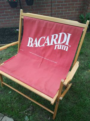 """Vintage Beach chair 42"""" tall / 36"""" wide for Sale in Gaithersburg, MD"""