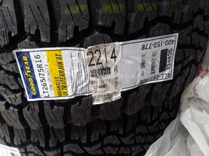 Truck tires for Sale in Las Vegas, NV