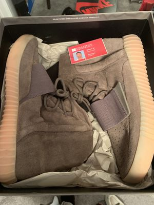 Yeezy Chocolate 750 size 13 for Sale in Los Angeles, CA