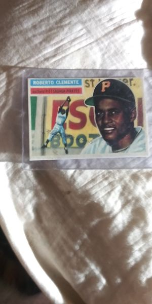 1956 Topps #33 Bob Clemente card for Sale in West Covina, CA