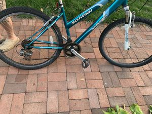 Schwinn sidewinder girls bike for Sale in Somerville, MA