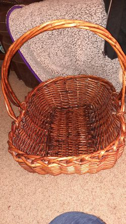 Large basket for Sale in Wenatchee,  WA