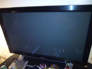 Tv and Computer Monitor for Sale in West Bloomfield Township, MI