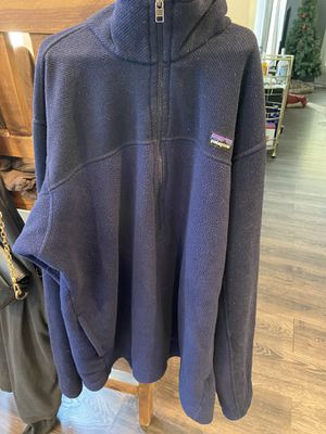 Patagonia pullover for Sale in Pawhuska, OK