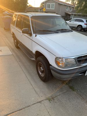 1998 Ford Explorer for Sale in Sacramento, CA