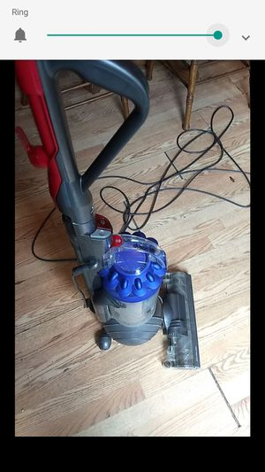 Dyson DC animal vacuum for Sale in Toms River, NJ