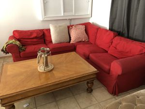 Sectional sofa for Sale in East Stroudsburg, PA
