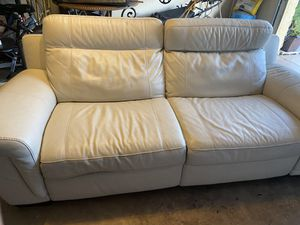 Leather couch, power for Sale in Port Richey, FL