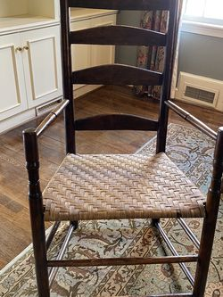 Antique Shaker Style Ladder Back Chair for Sale in Arlington,  VA
