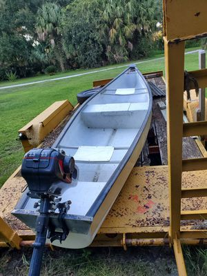 17' Gheenoe with motor for Sale in Inverness, FL