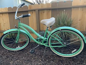 the blue bicycle has a broken tire $ 40 the green bicycle is not a problem $ 50 the electric shaver $ 70 has no problem for Sale in Escondido, CA