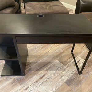 Small Desk for Sale in Gainesville, GA